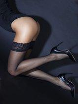 Чулочки в мелкую сетку с кружевной резинкой на силиконе, цвет черный, S-M - Le Frivole