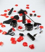 Набор чёрных стимуляторов и аксессуаров LOVETOY STARTER, цвет черный - Toy Joy