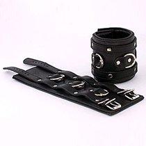 Наручники подвернутые, 2 ремешка с пряжками с D-кольцами, цвет черный - Beastly (Бистли)