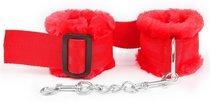 Красные меховые оковы на регулируемых черных пряжках, цвет красный - Bioritm