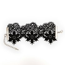 Кружевной браслет Albori с цветочными мотивами, цвет черный, S-M - Dolce Piccante