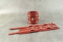 Широкие красные не подшитые наручники, цвет красный - Beastly (Бистли)